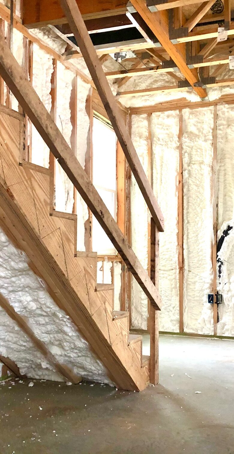 Modern-Homes-on-Tillery-Street-Austin-Texas-Spray-Foam-Insulation-Energy-Efficency-Sound-Noise-Reduction-Cancellation-Long-Lasting-New-Homes-07