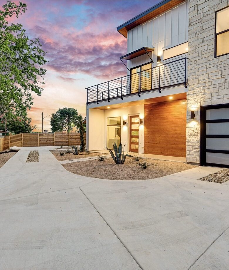 ABG-ModernHomesOnTillery-Beautiful-Private-Gated-Entry-Downtown-East-Austin-Texas-Tillery-and-2nd-Street